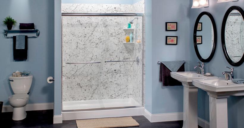 Carrara S walk in shower with chrome door